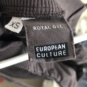 European Culture Tops - Royal Dye European Culture Zipper Front Tank